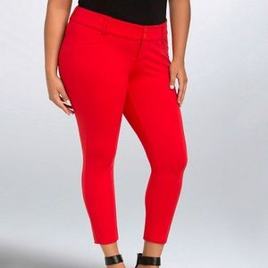 Torrid • Cropped Trouser Ponte Pants